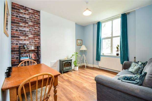 1 Bedroom Apartment Flat for sale in Mount Pleasant Road, Mount Pleasant Road, London