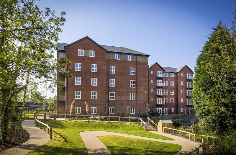 3 Bedrooms Penthouse Flat for sale in The Folds, School Brow, Romiley, SK6