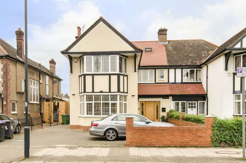 5 Bedrooms Semi Detached House for sale in Sidmouth Road, Brondesbury, NW2