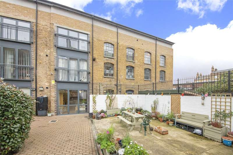 2 Bedrooms Apartment Flat for sale in New Cross Road, New Cross, SE14