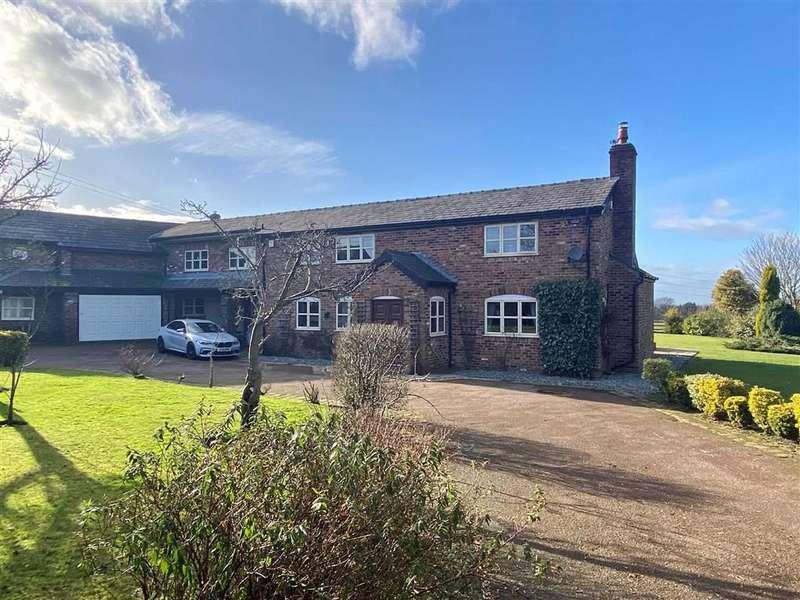 5 Bedrooms Detached House for sale in Threaphurst Lane, Hazel Grove, Stockport