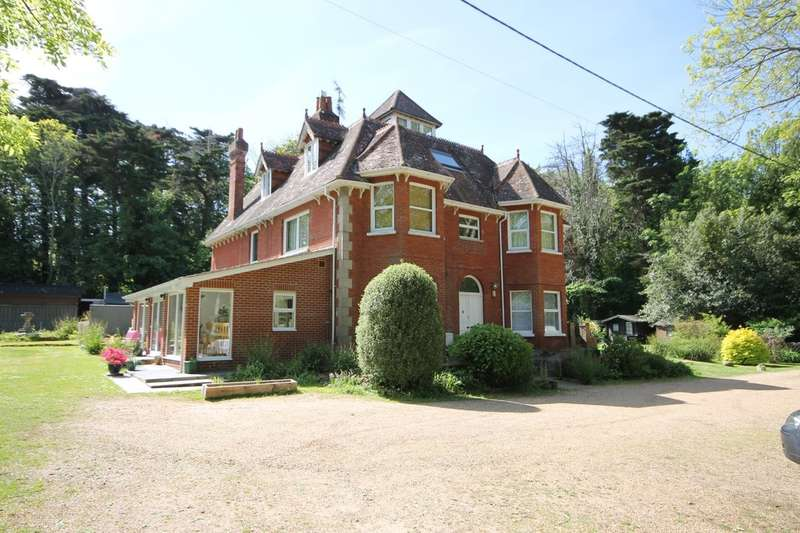 2 Bedrooms Flat for sale in Yarmouth, Isle of Wight