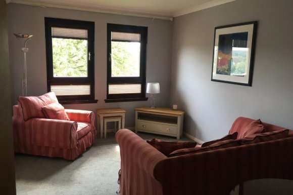 2 Bedrooms Flat for rent in Pitmedden Crescent, Aberdeen, AB10