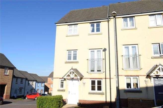 5 Bedrooms Semi Detached House for sale in Trafalgar Drive, Torrington, EX38