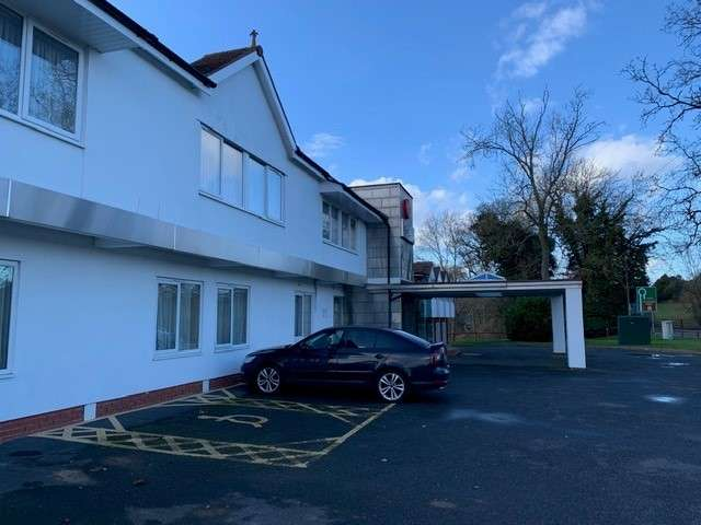 Hotel Commercial for sale in Warwick Kenilworth Hotel