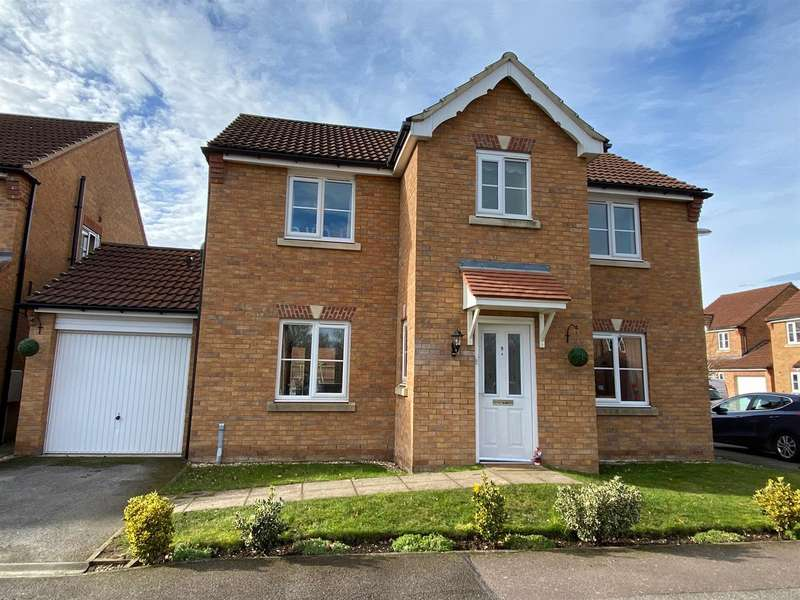 4 Bedrooms Detached House for sale in Bracken Court, South Hykeham, Lincoln