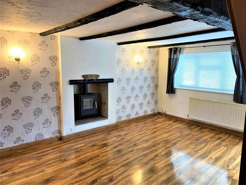 2 Bedrooms House for sale in Back Lane, Wickwar,