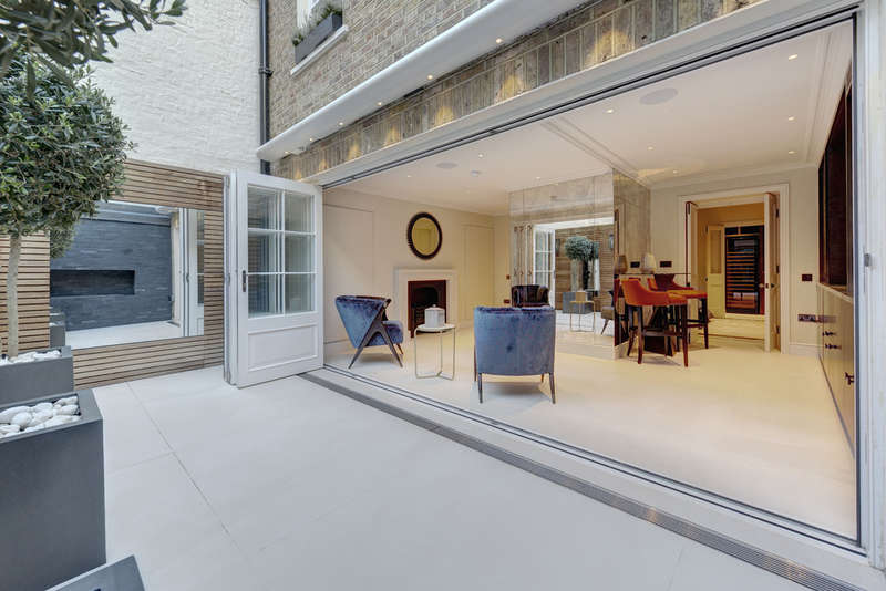6 Bedrooms Terraced House for sale in Chester Street, London, SW1