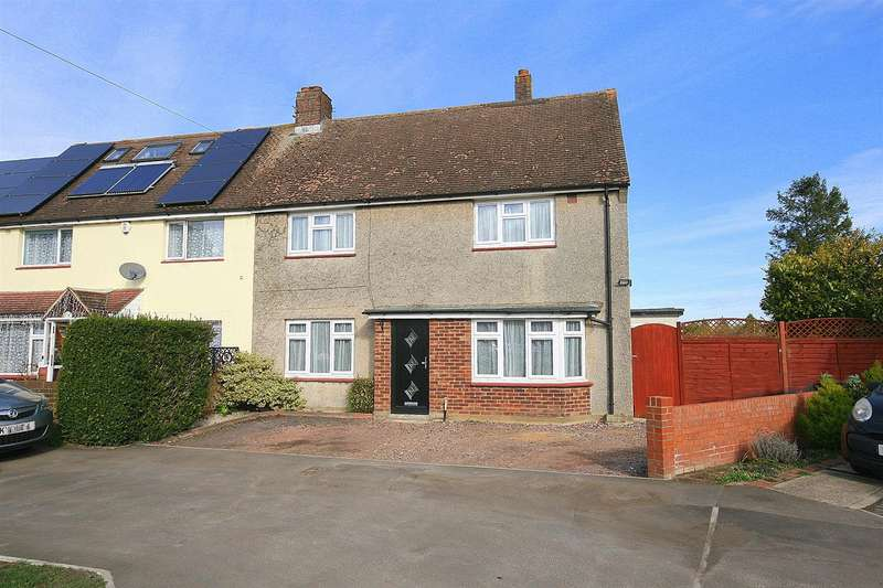 3 Bedrooms Semi Detached House for sale in Greenways, Eaton Bray, Beds.