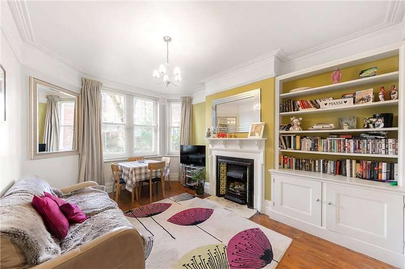 3 Bedrooms Flat for sale in Hayes Court, Camberwell New Road, Camberwell, London, SE5
