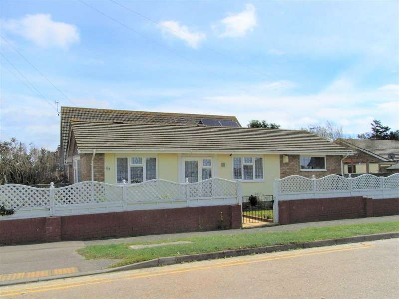 3 Bedrooms Bungalow for sale in 3 bedroom Detached Bungalow in Peacehaven