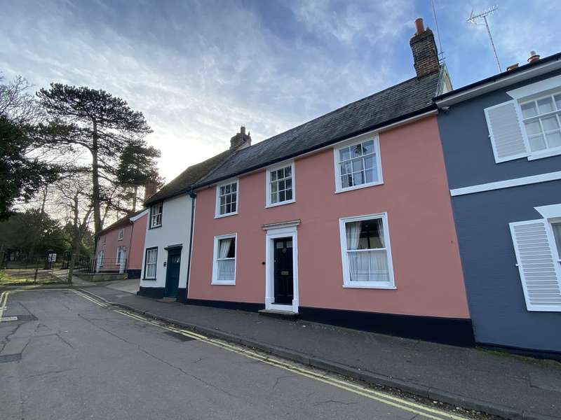 4 Bedrooms Town House for sale in Stowmarket, Suffolk