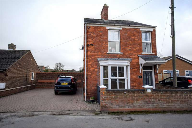 3 Bedrooms House for sale in Trinity Lane, Louth, Lincolnshire, LN11