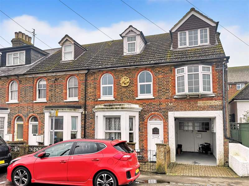 1 Bedroom Flat for sale in Richmond Road, Pevensey Bay
