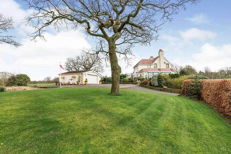 4 Bedrooms Detached House for sale in Gregson Lane, Hoghton, Preston, PR5