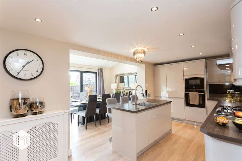 4 Bedrooms Semi Detached House for sale in Newcombe Road, Ramsbottom, Bury, BL0