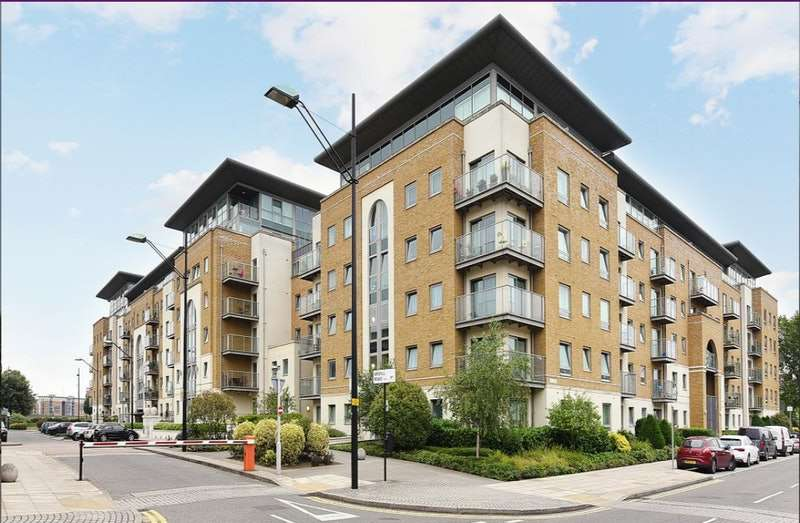 3 Bedrooms Flat for sale in Argyll Road, London, London, SE18