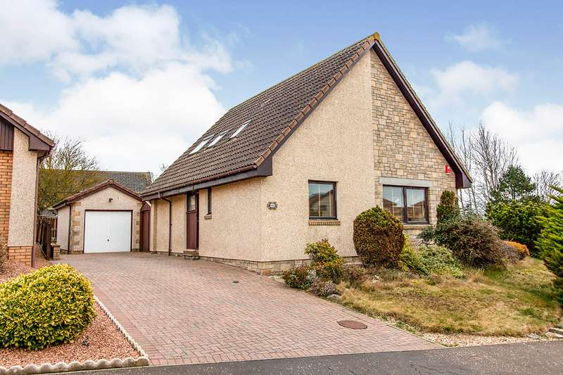 4 Bedrooms Detached House for sale in Beechwood Gardens, Arbroath, Angus, DD11