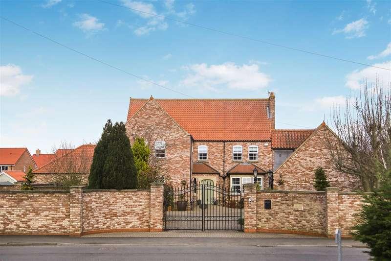 6 Bedrooms Detached House for sale in Low Street, Beckingham, Doncaster