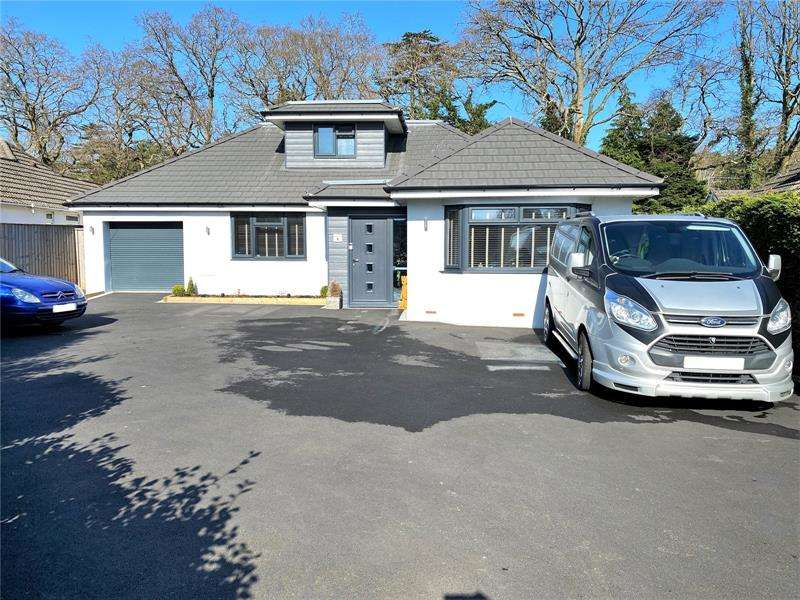 4 Bedrooms Bungalow for sale in Gallows Drive, West Parley, Ferndown, Dorset, BH22