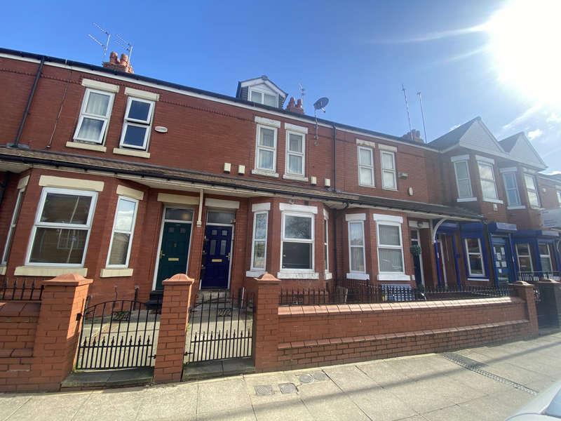 5 Bedrooms Terraced House for sale in Langworthy Road, Salford, M6 5PP