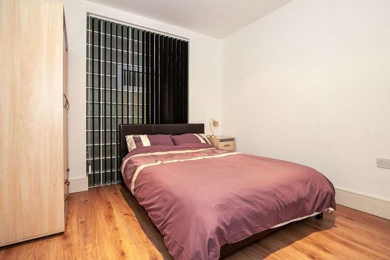 3 Bedrooms Flat for sale in Whitworth Street West, Manchester, Greater Manchester, M1