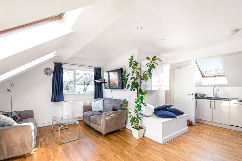 3 Bedrooms Maisonette Flat for sale in Valleyfield Road, Streatham, SW16