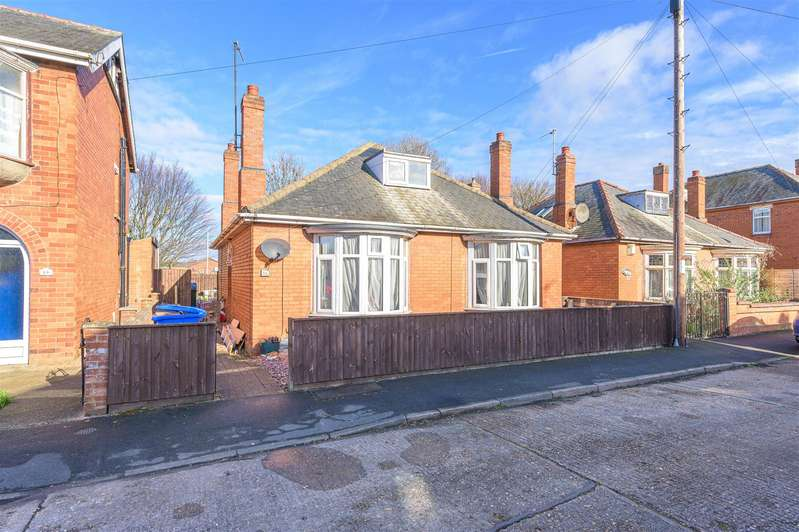 3 Bedrooms Bungalow for sale in Friar Way, Boston