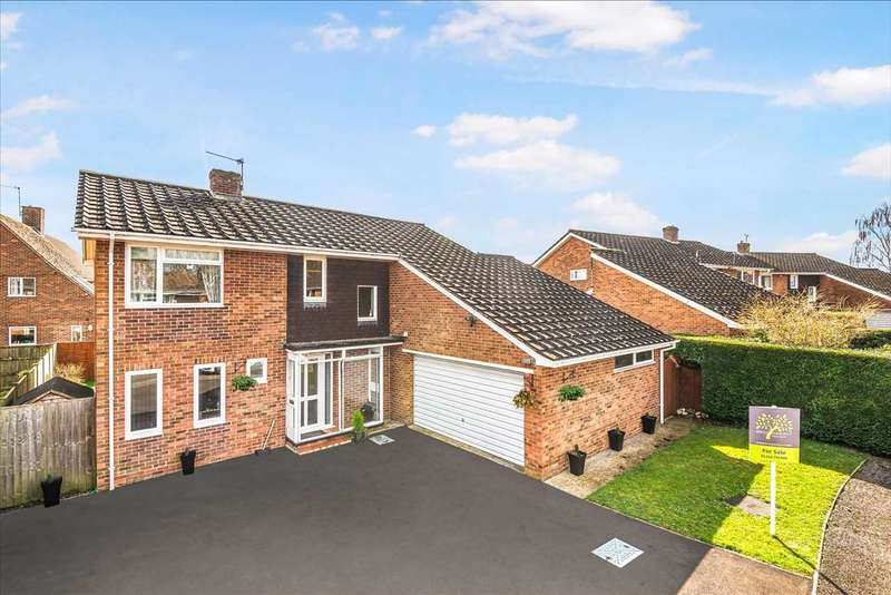 4 Bedrooms Detached House for sale in Warren Drive, Abbotts Ann, Andover