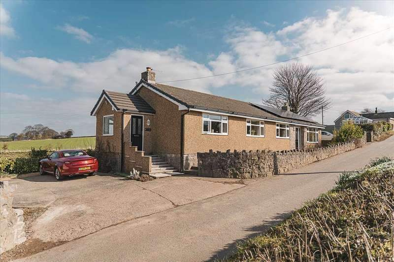 3 Bedrooms Detached House for sale in Hillside, Caerwys Road, Dyserth
