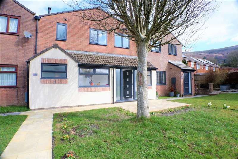 3 Bedrooms Terraced House for sale in Woodland Vale, Treorchy