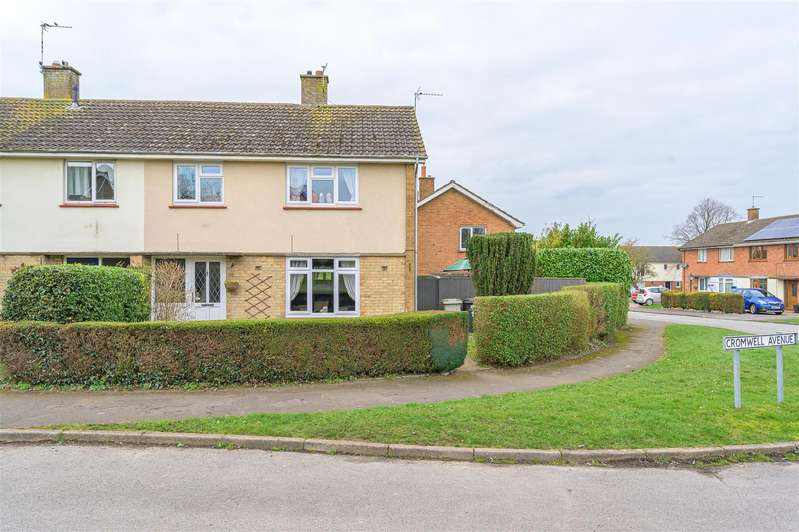 3 Bedrooms Semi Detached House for sale in Cromwell Avenue, Horncastle