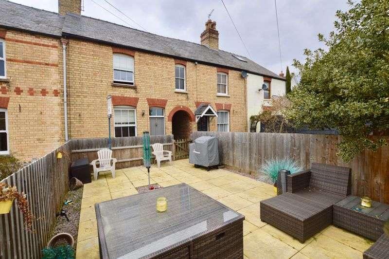 3 Bedrooms Property for sale in Trafalgar Terrace, Stamford