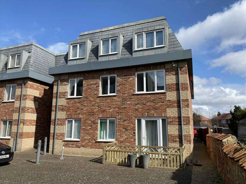2 Bedrooms Apartment Flat for sale in Grosvenor Mews, Billingborough