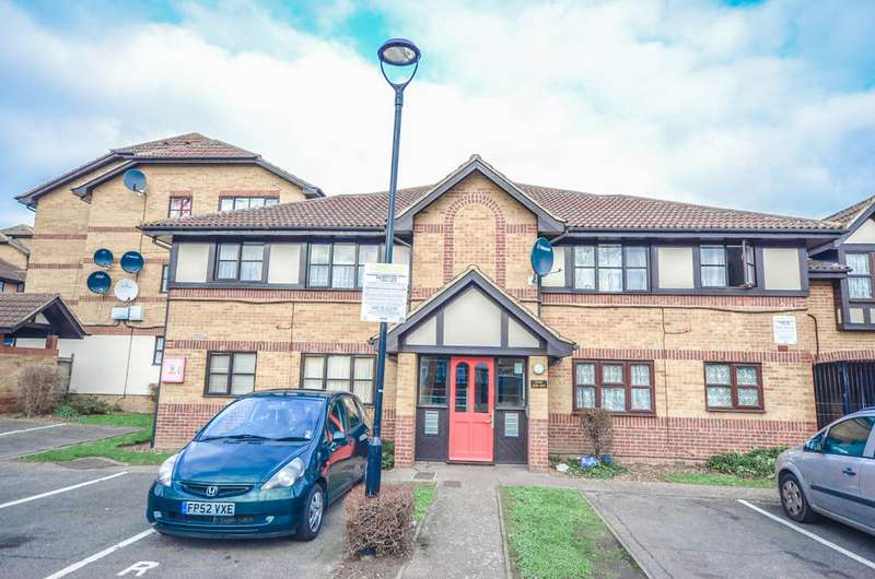1 Bedroom Property for sale in Somerset Gardens N17