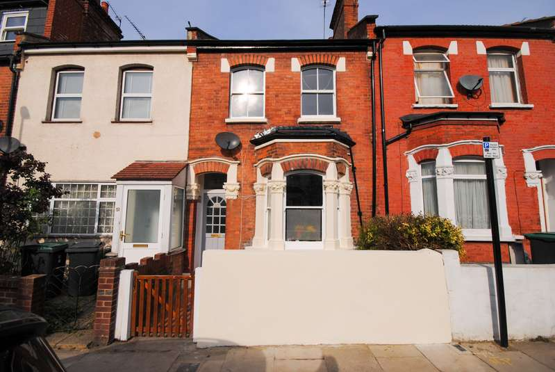 3 Bedrooms Property for sale in Ferndale Road N15