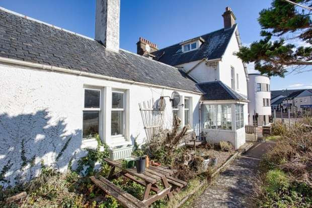 Semi Detached House for sale in Main Street, Kyle Of Lochalsh, Ross-Shire, IV40 8AB