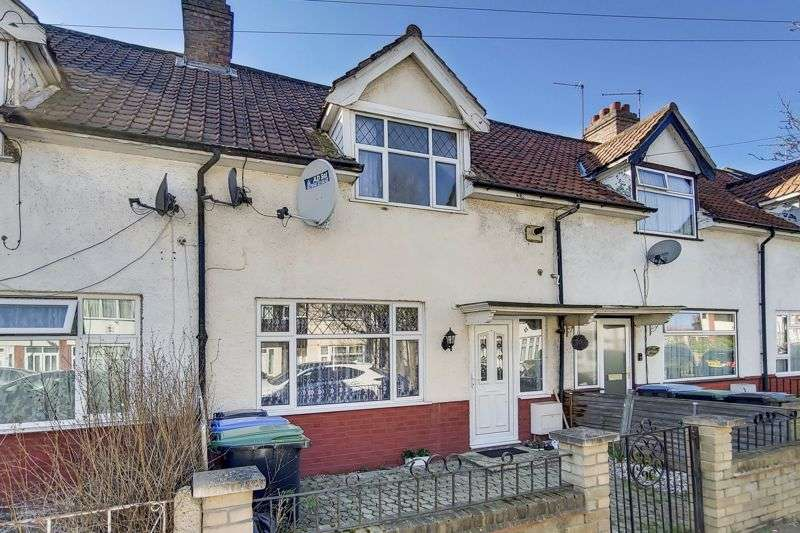 3 Bedrooms Property for sale in Chichester Road, Edmonton, N9