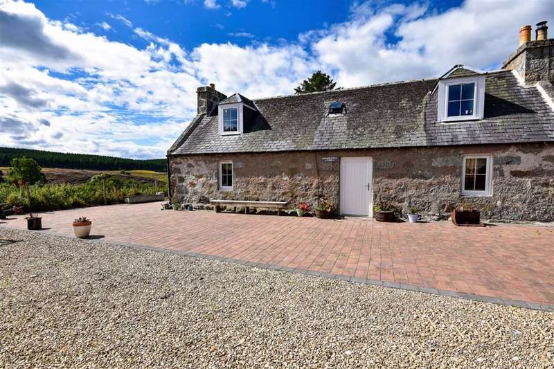 3 Bedrooms Semi Detached House for sale in Grantown On Spey