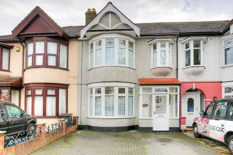 3 Bedrooms Terraced House for sale in Ashburton Avenue, Ilford