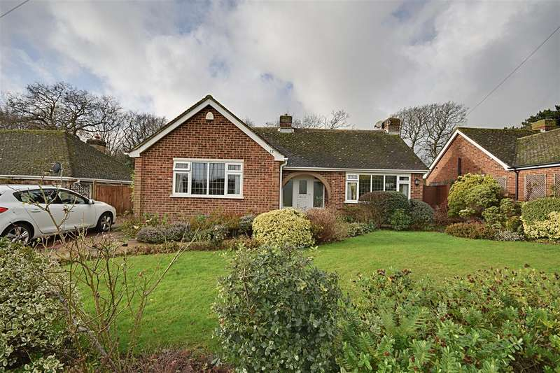 3 Bedrooms Detached Bungalow for sale in Shipley Lane, Cooden