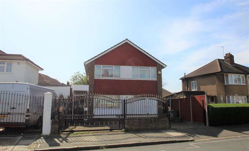 4 Bedrooms Detached House for sale in Northumberland Crescent, Bedfont