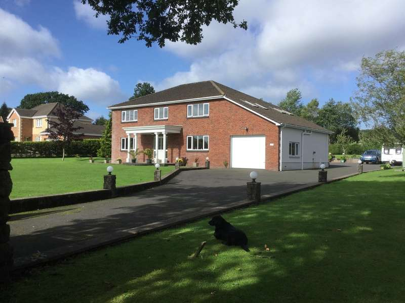 4 Bedrooms Detached House for sale in Saron Road, Saron, Ammanford
