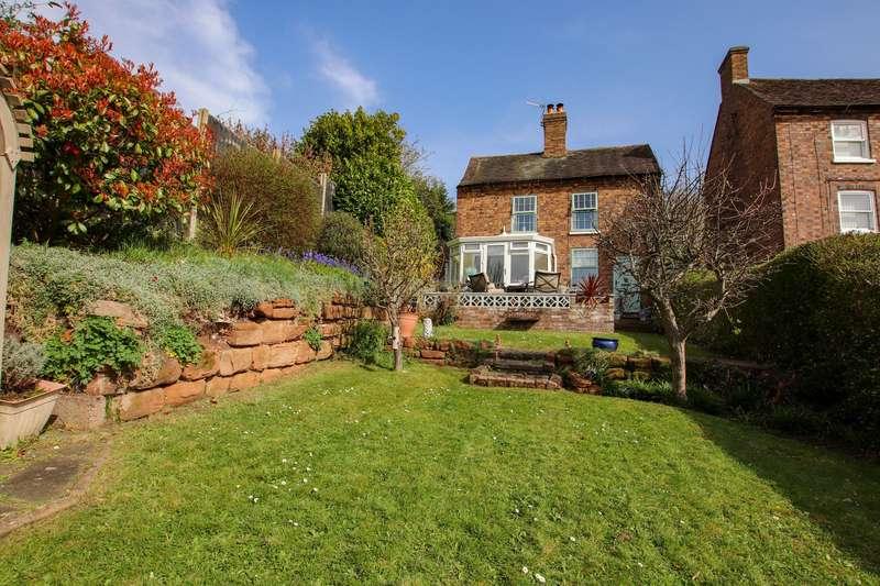 4 Bedrooms Detached House for sale in 73 Bernards Hill, Bridgnorth, WV15 5DA