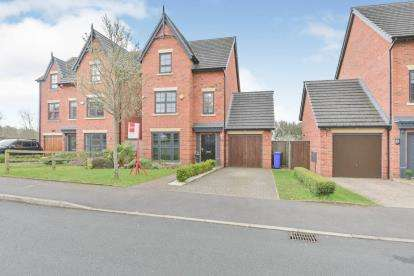 4 Bedrooms Detached House for sale in The Fairways, Dukinfield, Greater Manchester, United Kingdom