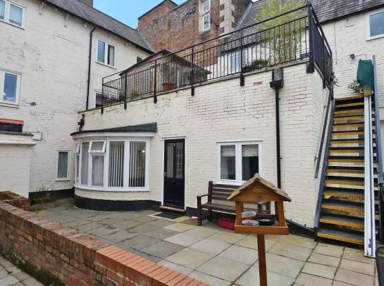 1 Bedroom Flat for sale in The George Hotel, Melton Mowbray, Leicestershire, LE13 0TU