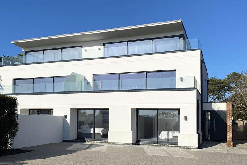 4 Bedrooms Semi Detached House for sale in 4 Creekhouse, Barton Common Road, Barton on Sea, Hampshire