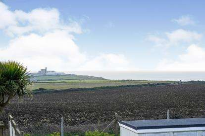 3 Bedrooms End Of Terrace House for sale in Portland, Dorset, England