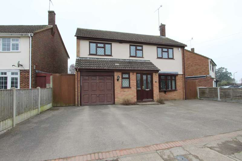 4 Bedrooms Detached House for sale in Runnymede Chase, Thundersley