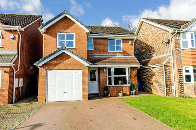 4 Bedrooms Detached House for sale in Carlton Fields, Carlton, Lincolnshire, DN14